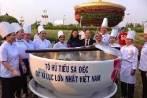 Tô Hủ Tiếu Sa Đéc, Đồng Tháp to kỷ lục Việt nam